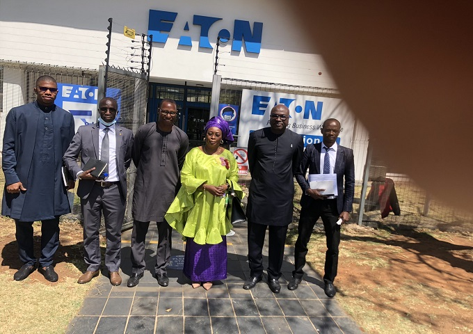 DELEGATION OF THE EMBASSY OF SENEGAL TO EATON CORPORATION